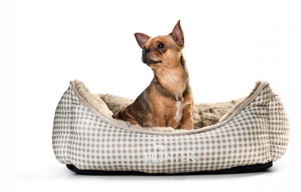HUNTER Hundesofa Astana mit Plüsch 60 x 45 cm Karo braun